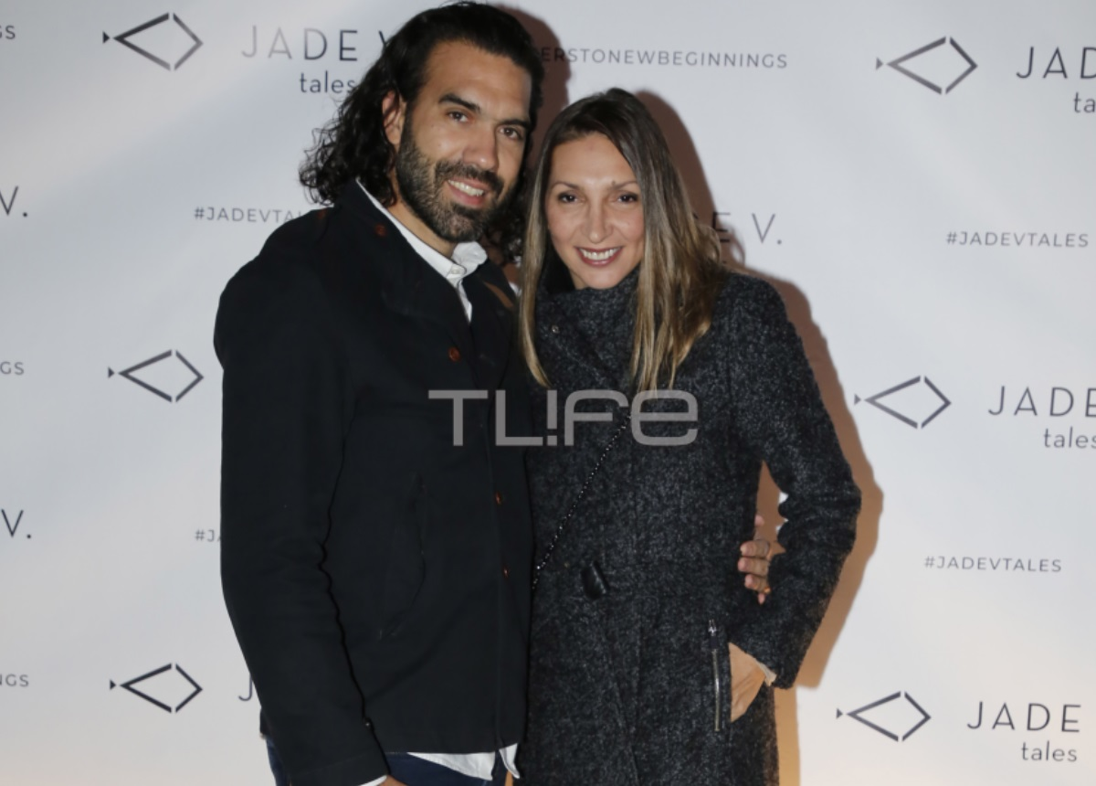 Φανή Χαλκιά: Σπάνια δημόσια εμφάνιση στην Γλυφάδα με τον σύζυγο της Λούη Καραμάνο! [pics] | tlife.gr