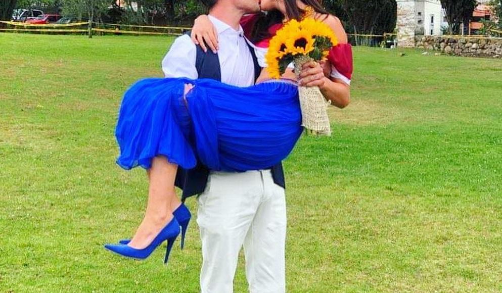Μυστικός γάμος για πρωταγωνίστρια του Alpha στο Εκουαδόρ! Το εναλλακτικό ντύσιμό της ηθοποιού [pics]