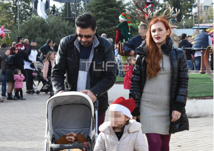Γιώργος Χειμωνέτος: Βόλτα με την σύζυγο του και τα παιδιά τους στο χριστουγεννιάτικο χωριό! [pics] | tlife.gr