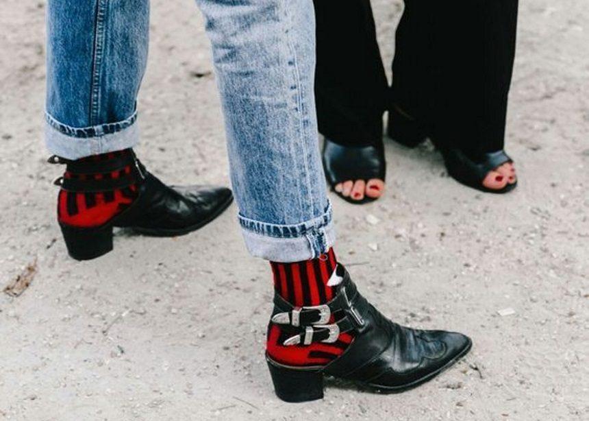Κάλτσες! Πως τις φορούν τα it girls;   tlife.gr
