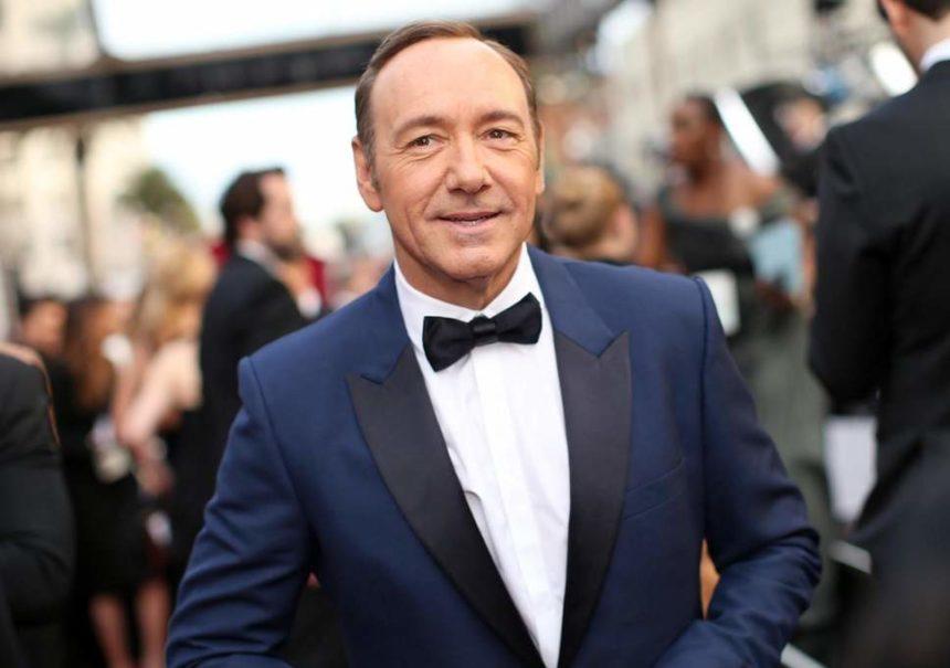 Οι προσπάθειες των δικηγόρων του Kevin Spacey να ανατρέψουν τις κατηγορίες κατά του ηθοποιού   tlife.gr
