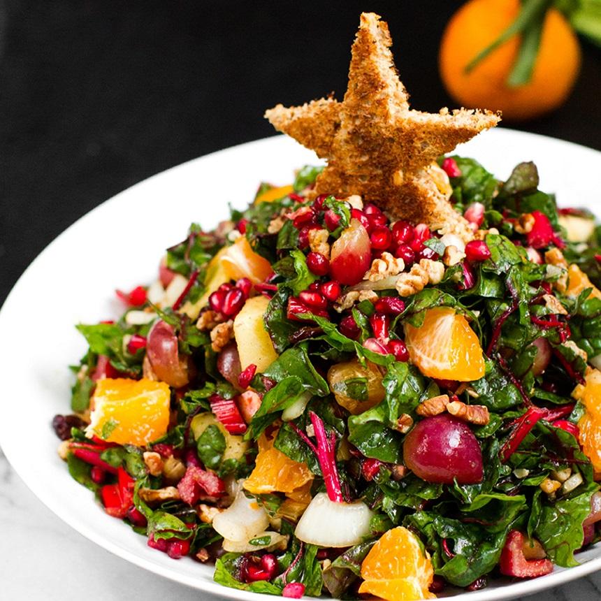 Σαλάτα με πανδαισία φρούτων και λαχανικών
