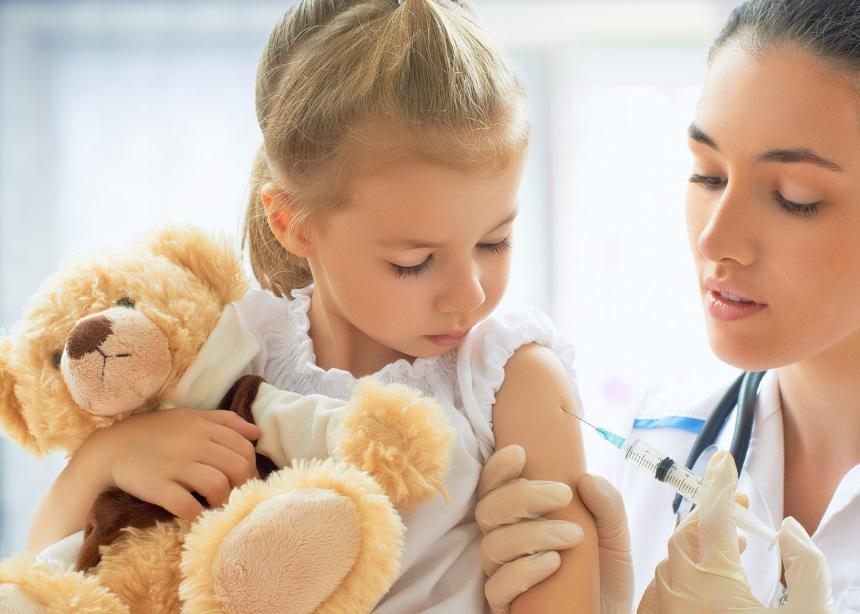 Μήπως το καλύτερο δώρο για τα μικρά σου φέτος είναι ο εμβολιασμός κατά της Μηνιγγίτιδας Β; | tlife.gr