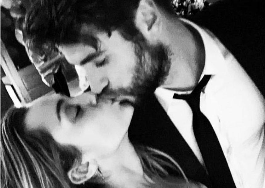 Miley Cyrus: Παντρεύτηκε κρυφά τον αγαπημένο της Liam Hemsworth! [pics] | tlife.gr