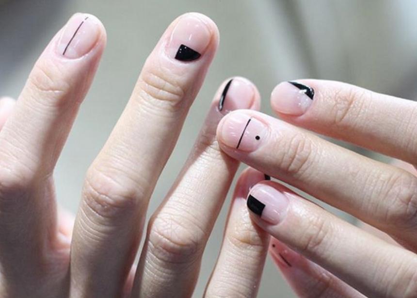 Τρία nail art που ταιριάζουν καλύτερα σε κοντά νύχια! | tlife.gr
