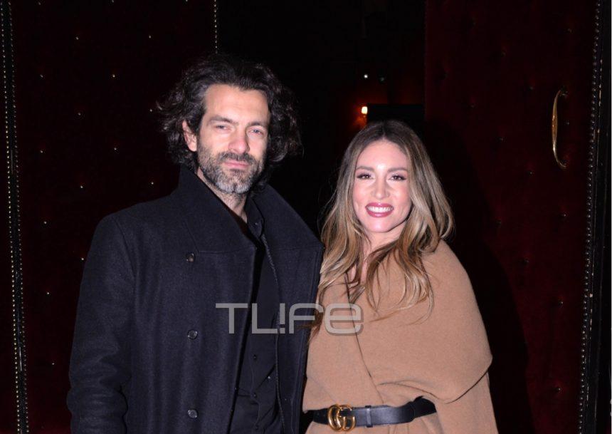 Αθηνά Οικονομάκου: Βραδιά θεάτρου με τον σύζυγό της Φίλιππο Μιχόπουλο! [pics]   tlife.gr