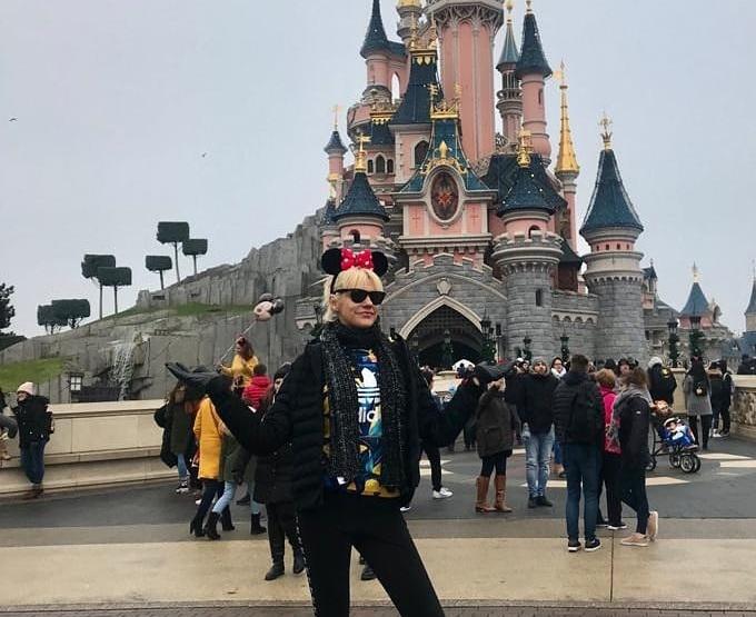 Σάσα Σταμάτη: Απόδραση στο Χριστουγεννιάτικο Παρίσι και την Disneyland! [pics] | tlife.gr
