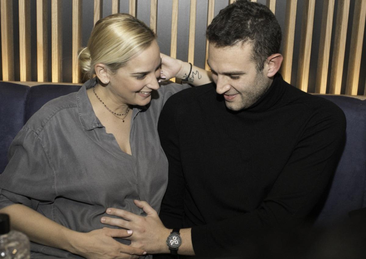 Άννη Πανταζή: Βραδινή έξοδος με τον σύζυγό της, Χριστόφορο Χουμά, λίγες εβδομάδες πριν γεννήσει! [pics]