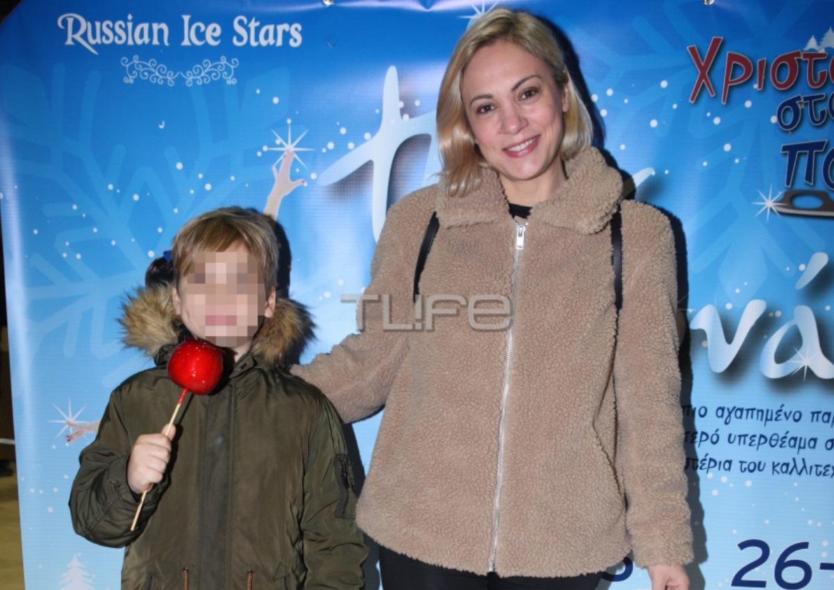 Λίνα Σακκά: Σπάνια δημόσια εμφάνιση με τον γιο της Μάριο! [pics]