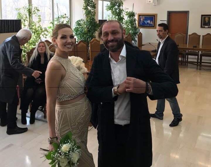 Παντρεύτηκε η Σάσα Μπάστα! Φωτογραφίες | tlife.gr