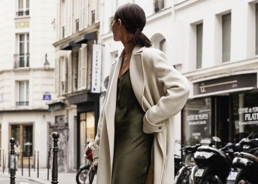 Στιλιστικές ιδέες για να φορέσεις σωστά το slip dress τώρα!