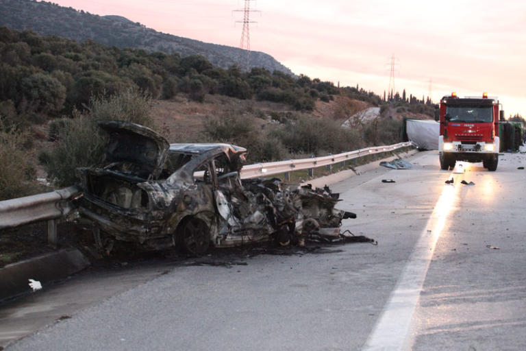 Νέα τραγωδία στην Εγνατία! Τροχαίο με τρεις νεκρούς κι έξι τραυματίες – Εικόνες σοκ | tlife.gr