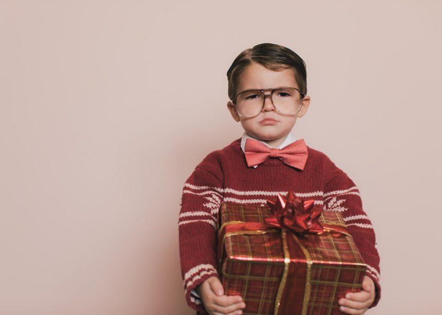 "Season of Giving: Πώς θα ""καταπολεμήσουν"" τα μικρά σου την απογοήτευση των Χριστουγέννων | tlife.gr"