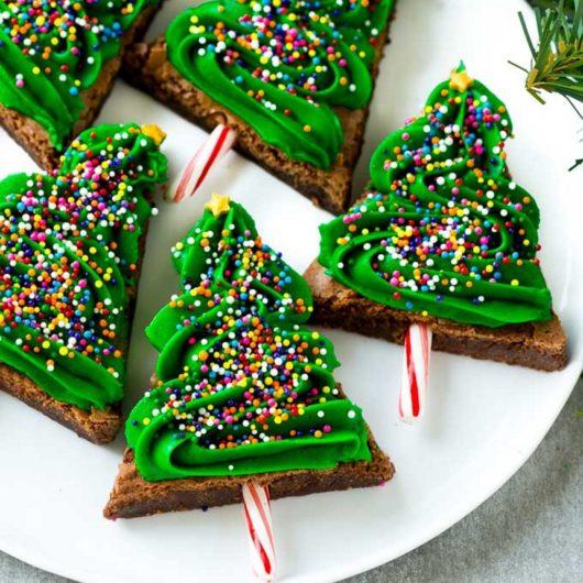 Χριστουγεννιάτικα δεντράκια από brownies | tlife.gr