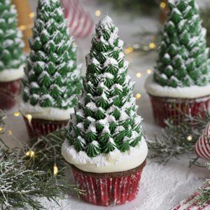 Σοκολατένια cupcakes με χριστουγεννιάτικο δέντρο
