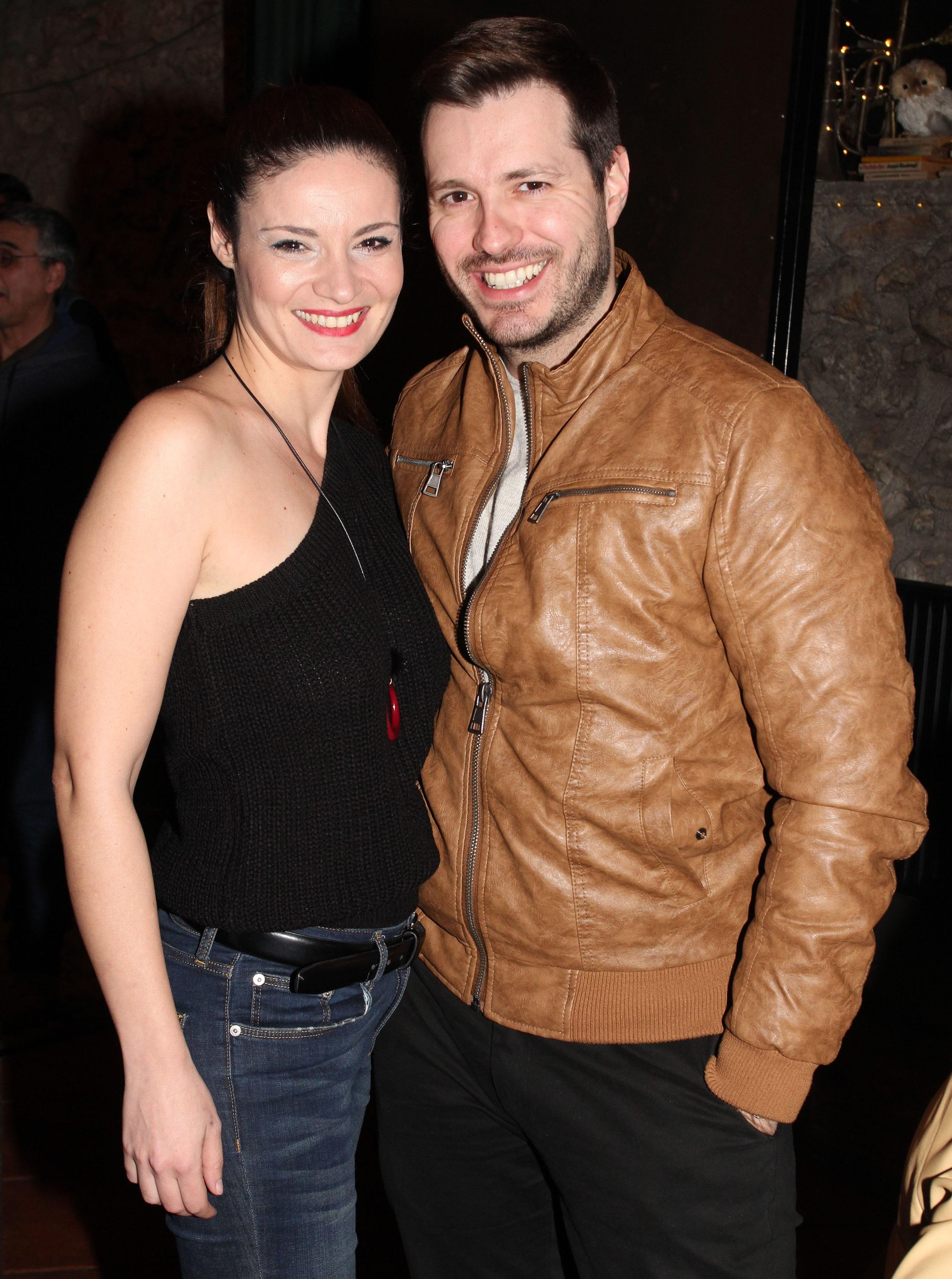 Από φίλοι έγιναν ζευγάρι: Αυτό είναι το νέο ζευγάρι της ελληνικής showbiz!