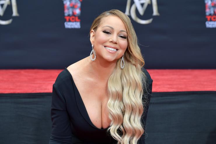 Mariah Carey: Διεκδικεί αποζημίωση 3 εκατομμυρίων δολαρίων από την προσωπική της βοηθό