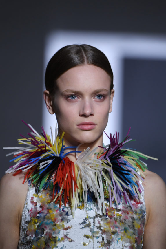 Το show του οίκου Givenchy είναι η απόδειξη ότι το glitter δεν είναι ποτέ αρκετό! | tlife.gr