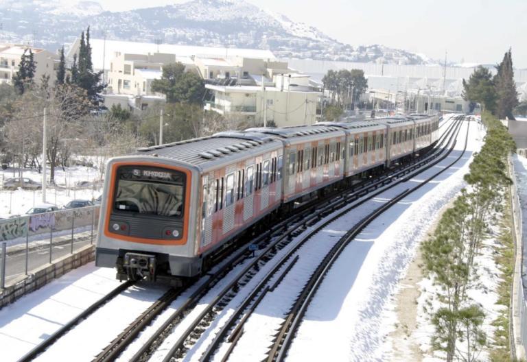 Καιρός: Μετ' εμποδίων τα δρομολόγια ηλεκτρικού και λεωφορείων στην Αθήνα | tlife.gr