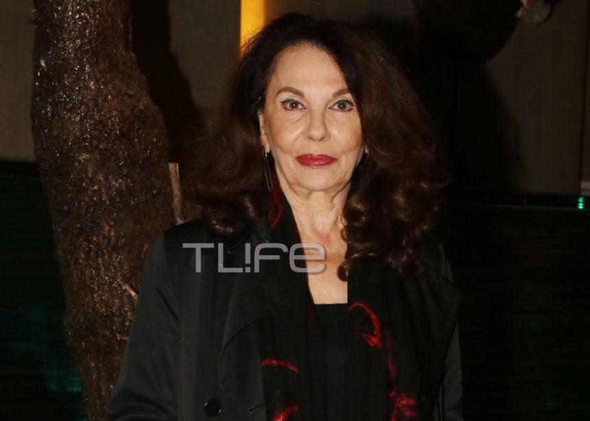 Μπέτυ Λιβανού: Σπάνια βραδινή έξοδος σε νυχτερινό κέντρο για την ηθοποιό! Φωτογραφίες | tlife.gr
