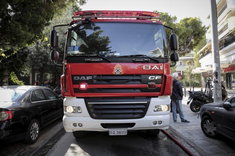 Παραλίγο τραγωδία στην Καλλιθέα – Έβγαλαν αναίσθητα δύο παιδάκια από φλεγόμενο σπίτι! | tlife.gr