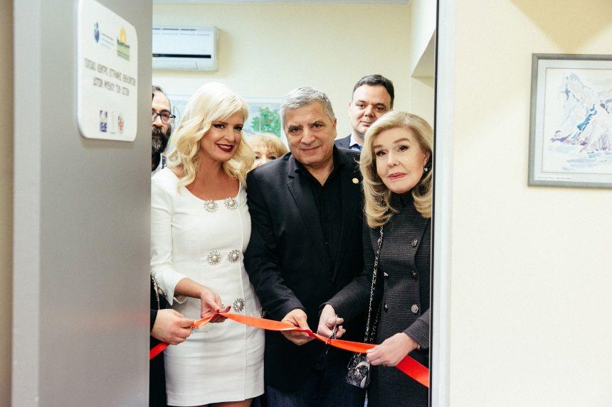 Εγκαίνια τοπικού Κέντρου Εγγραφής Εθελοντών δοτών μυελού των οστών με τον Γιώργο Πατούλη και την Μαρίνα Πατούλη | tlife.gr