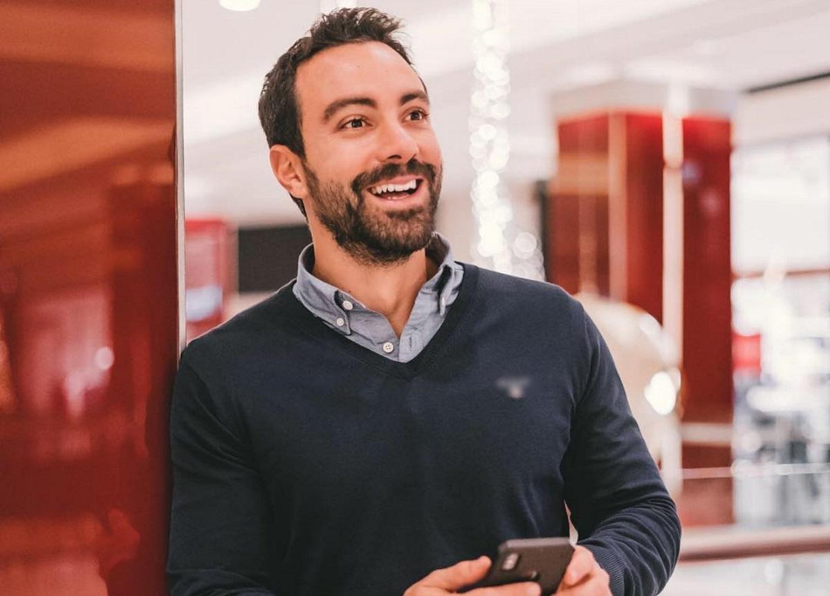 Σάκης Τανιμανίδης: Μας δείχνει την αλλαγή του τα τελευταία δέκα χρόνια | tlife.gr