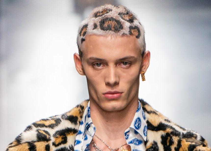 Τα leopard μαλλιά στο show του οίκου Versace είναι το καλύτερο πράγμα που είδαμε τελευταία! | tlife.gr