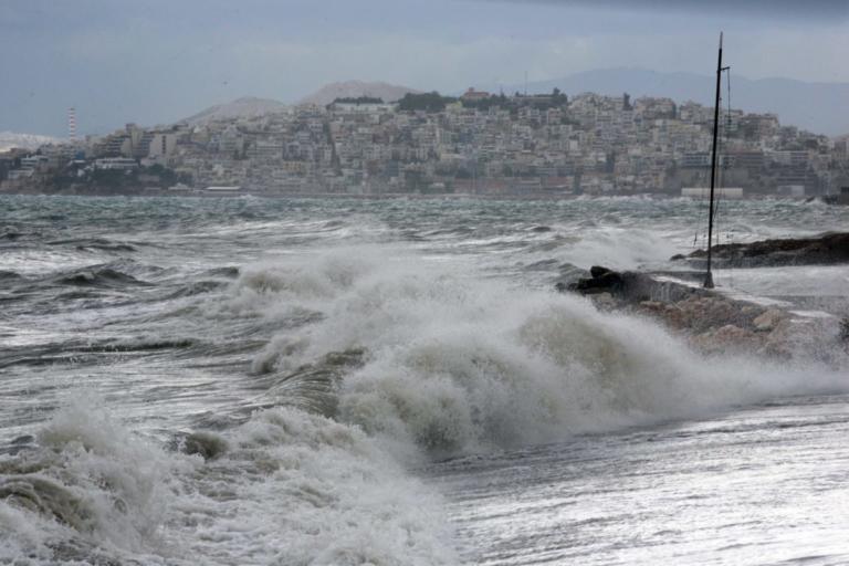 Καιρός: Απαγόρευση απόπλου από τα λιμάνια του Πειραιά, της Ραφήνας και του Λαυρίου! | tlife.gr