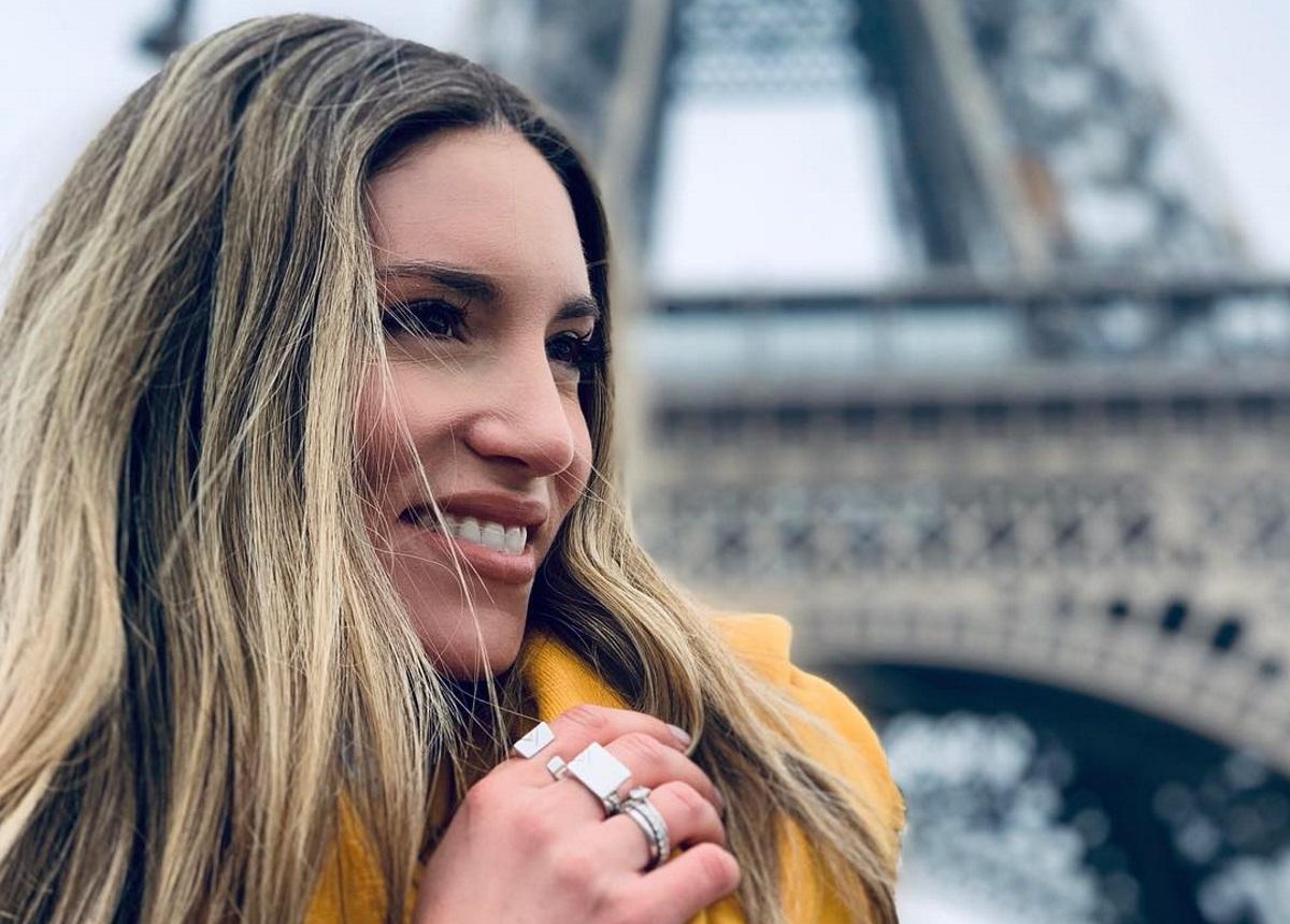 Αθηνά Οικονομάκου: Έτσι περνάει στο Παρίσι με τις φίλες της! [pics]   tlife.gr