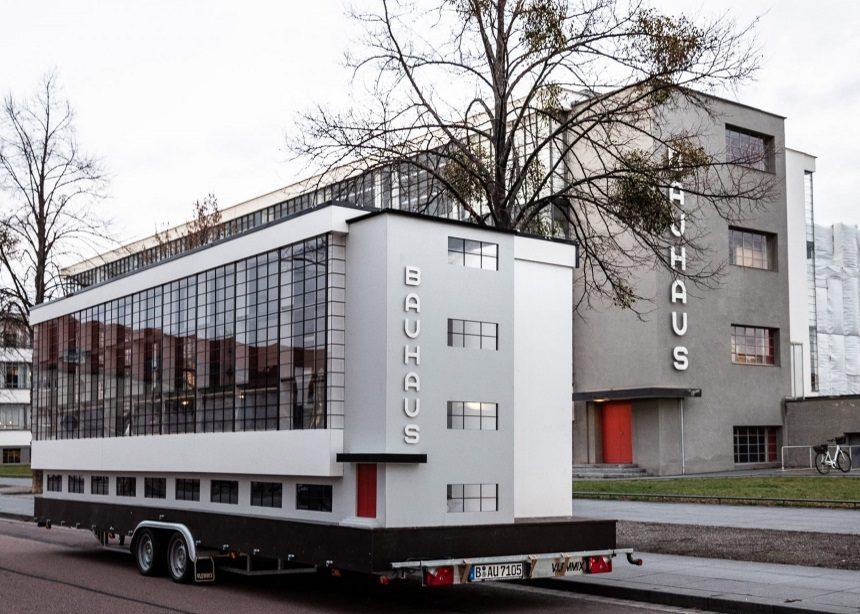 Ένα Bauhaus λεωφορείο γιορτάζει τα 100 χρόνια από την ίδρυση της εμβληματικής σχολής!   tlife.gr