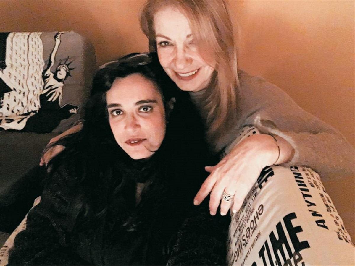 Σάλος με το «κόψιμο» της πρώην συνεργάτιδας της Π. Ζούνη σε εκπομπή! Η σκληρή απάντησή της! | tlife.gr