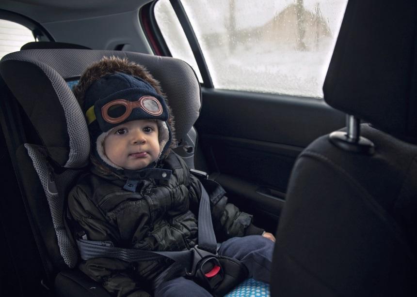 Car Safety: Ποιο είναι το πιο συνηθισμένο λάθος που κάνεις όταν βάζεις το παιδί στο αυτοκίνητο | tlife.gr