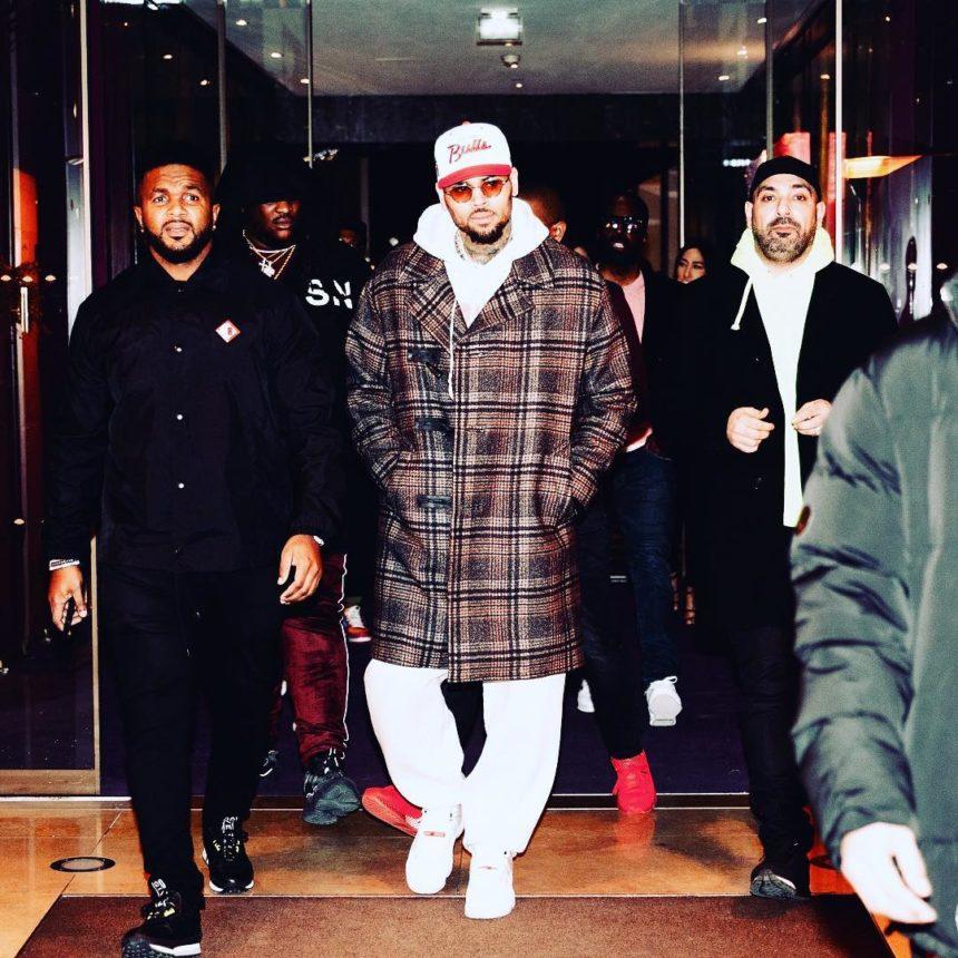 Chris Brown: Συνελήφθη στο Παρίσι για βιασμό!   tlife.gr