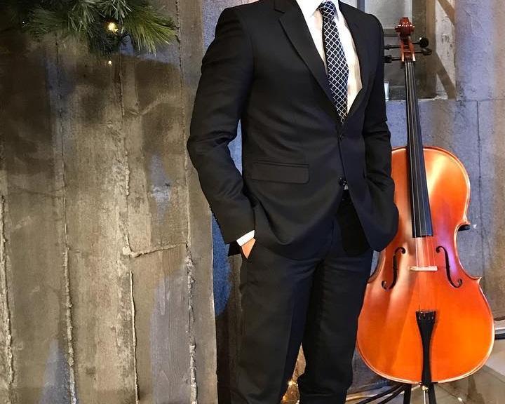 Ποιος Έλληνας ηθοποιός δημοσίευσε φωτογραφία του 10 χρόνια πριν και είναι ολόιδιος; [pic] | tlife.gr