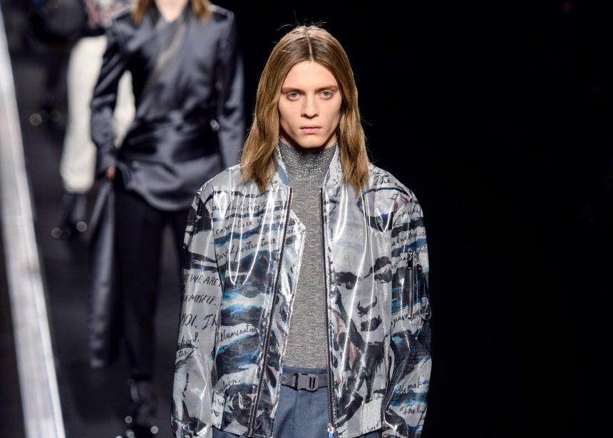 Γιατί όλος ο κόσμος ασχολείται με το show του Dior; Μήπως γιατί τα μοντέλα δεν περπάτησαν καν στην πασαρέλα; | tlife.gr