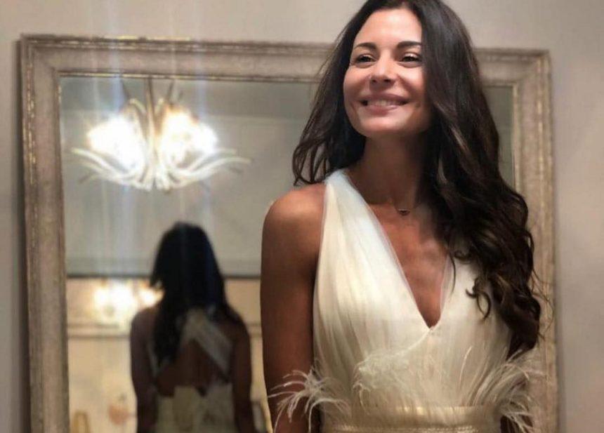 Ειρήνη Κολιδά: Ντύνεται νύφη για καλό σκοπό και εντυπωσιάζει! [pics] | tlife.gr