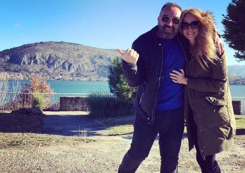 Γρηγόρης Γκουντάρας: Θαύμασε μαζί με τους γιους του την σύζυγό του στην πασαρέλα | tlife.gr
