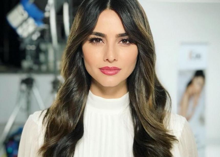 Η Ηλιάνα Παπαγεωργίου άλλαξε τα μαλλιά της!   tlife.gr