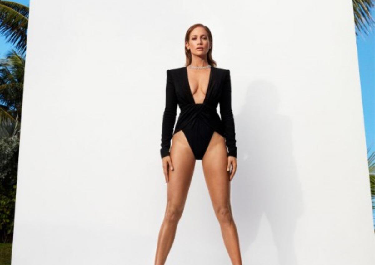 Jennifer Lopez: Μας δείχνει τις ρυτίδες του προσώπου της! [pics] | tlife.gr