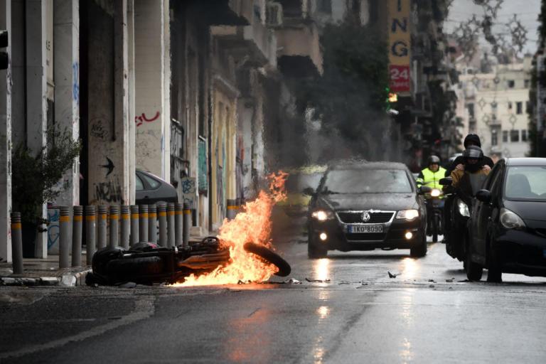 Συλλαλητήριο – Μακεδονία: Μαχαίρωσαν άνδρα στη Σόλωνος   tlife.gr