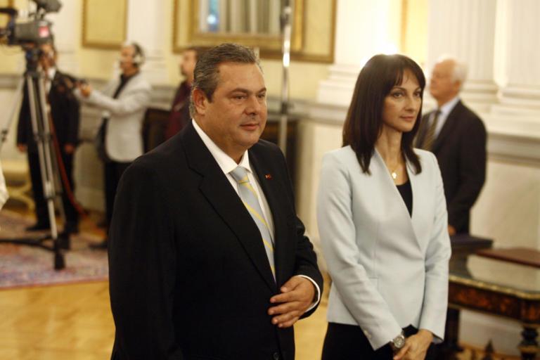Ο Πάνος Καμμένος διέγραψε την Έλενα Κουντουρά | tlife.gr
