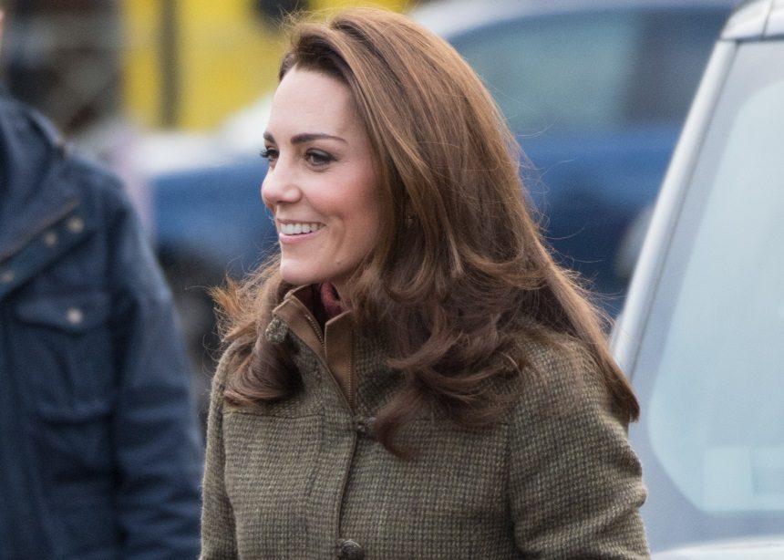 Αυτή είναι η πρώτη φορά που βλέπουμε την Kate Middleton με hiking boots (και μας άρεσε πολύ) | tlife.gr
