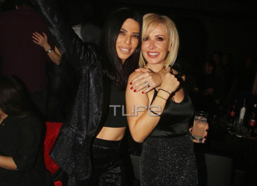 Κέλλυ Κελεκίδου: Βραδινή έξοδος με total black look σε γνωστό νυχτερινό κέντρο! [pics] | tlife.gr