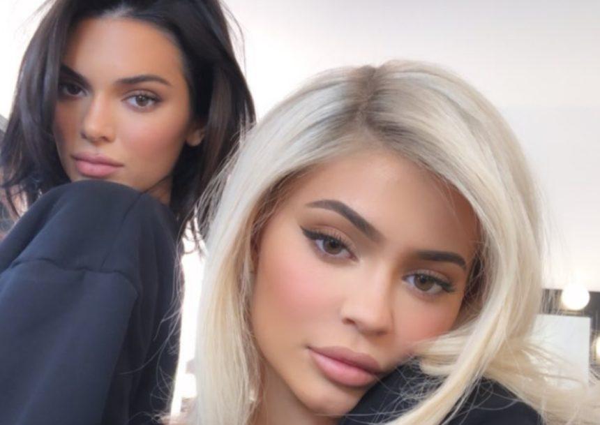 Kendall Jenner – Kylier Jenner: Φωτογραφίζονται μαζί και βάζουν τέλος στις φήμες που τις ήθελαν να είναι σε κόντρα!   tlife.gr