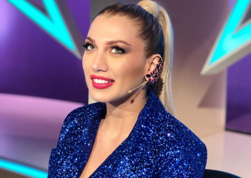 Κωνσταντίνα Σπυροπούλου: Έκανε ροζ ανταύγειες στα μαλλιά της και δεν είναι ψεύτικες! (video) | tlife.gr