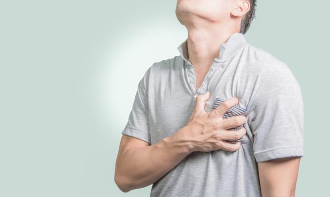 Κρίση πανικού: Τα 20 βασικά συμπτώματα για να ξέρεις τι συμβαίνει | tlife.gr