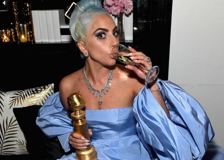 Χρυσές Σφαίρες 2019: Η ιστορία που κρύβεται πίσω από το Couture φόρεμα της Lady Gaga | tlife.gr