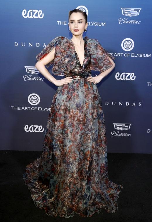 Η Lily Collins με Elie Saab | tlife.gr