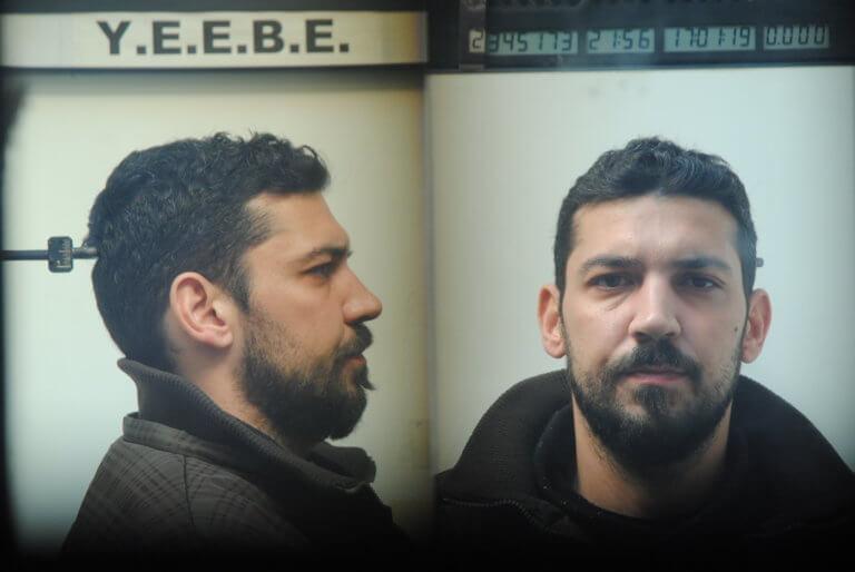 Θεσσαλονίκη: Αυτός είναι ο νεαρός που συνελήφθη για άγριες ληστείες – Τι βρέθηκε στο σπίτι του [pics] | tlife.gr